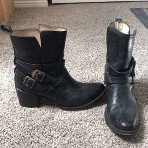 Freebird by steven leather boots